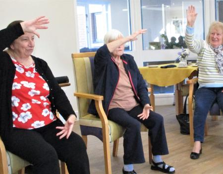 Residents Enjoy Tai Chi Session