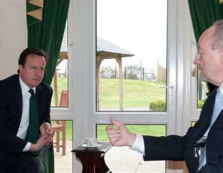David Cameron has private meeting with Mike Parsons