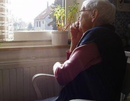 Research funding 'will let people live longer without dementia'