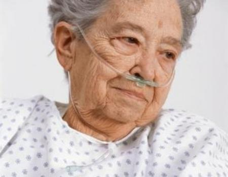 Dementia training 'should be provided for all nurses'