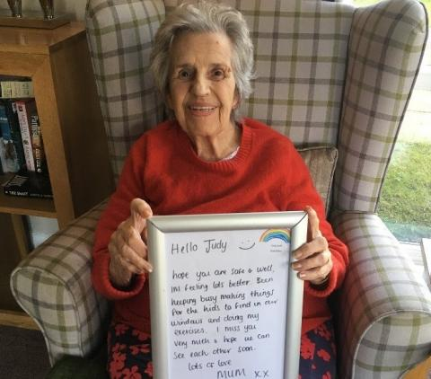 Residents Send Notes to Loved Ones