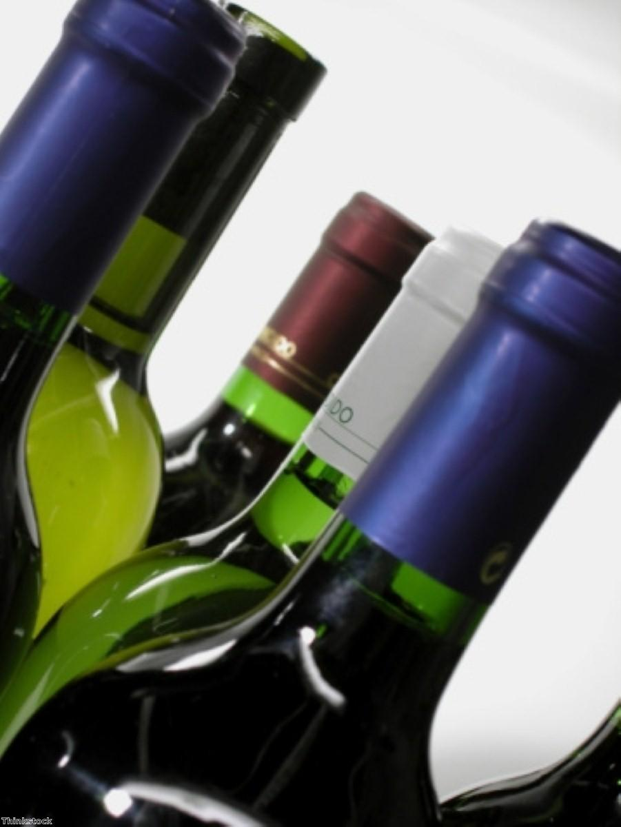 Moderate drinking linked to reduced risk of death for Alzheimer's disease