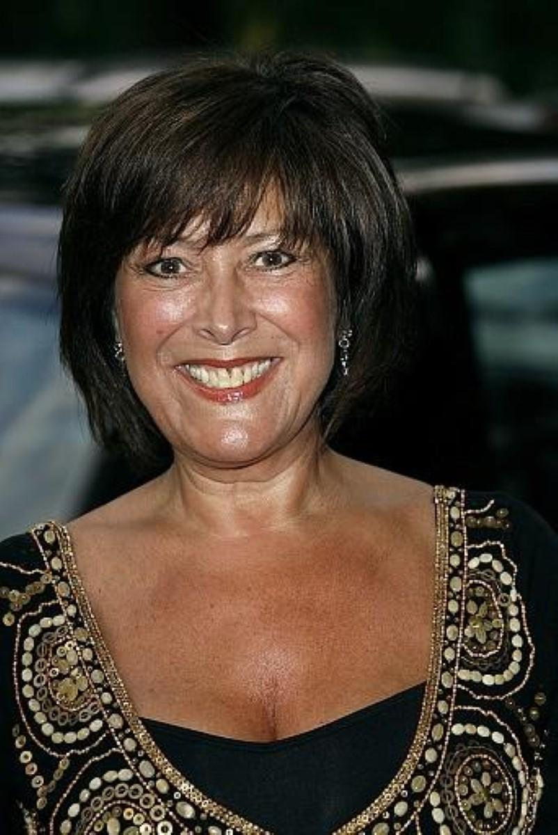 "Alzheimer's Society's tribute to ""dedicated"" Lynda Bellingham"
