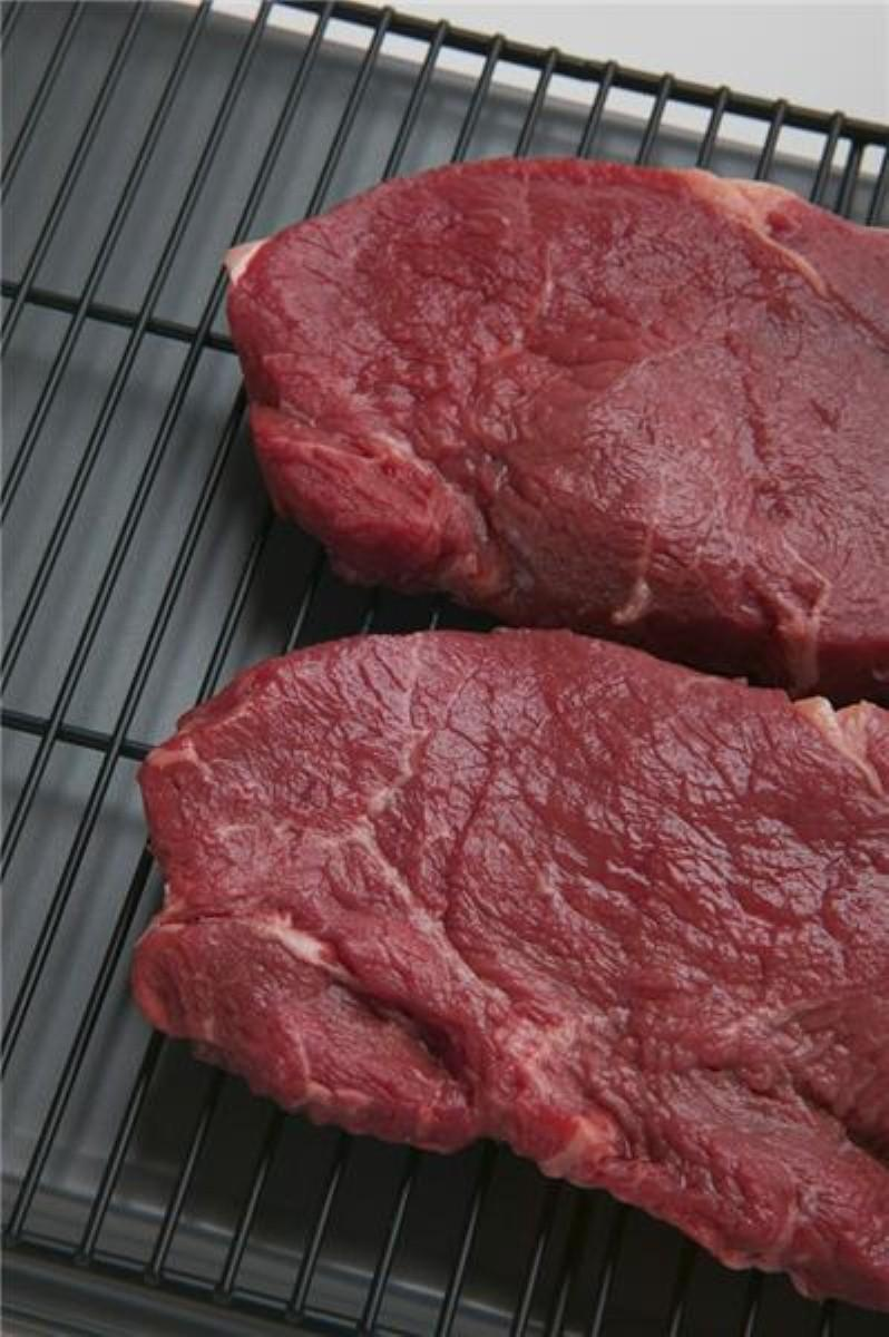 Cooking meat could increase dementia risk