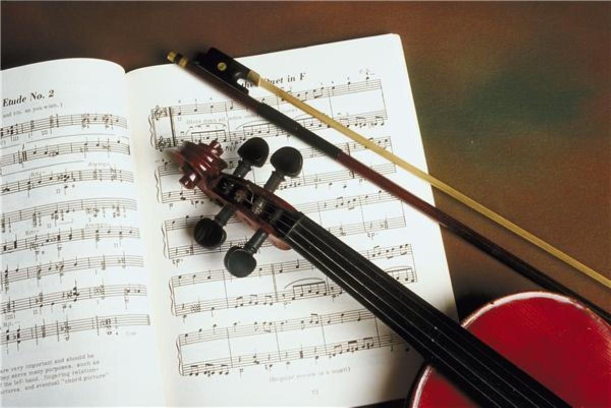 Playing a musical instrument 'could cut dementia risk'