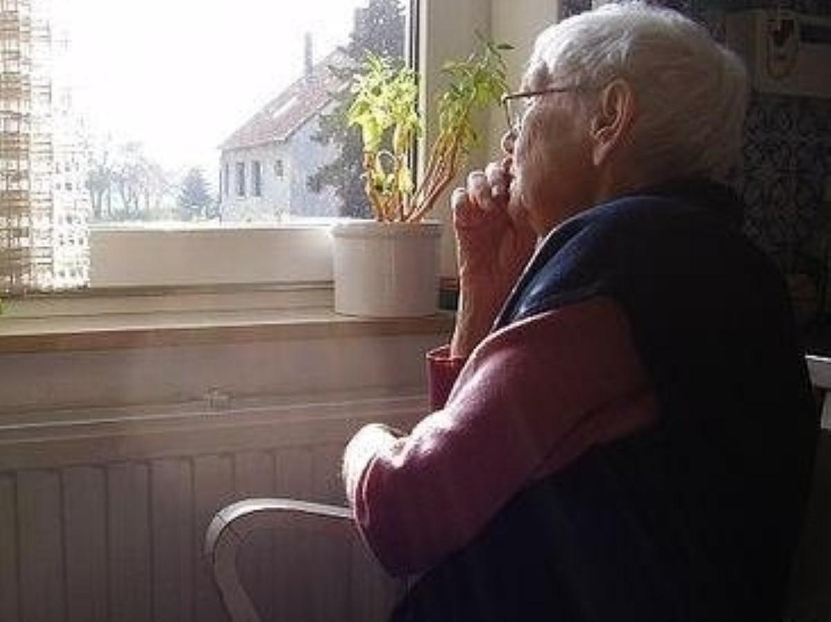 Govt 'is to consider social care compulsory payment scheme'