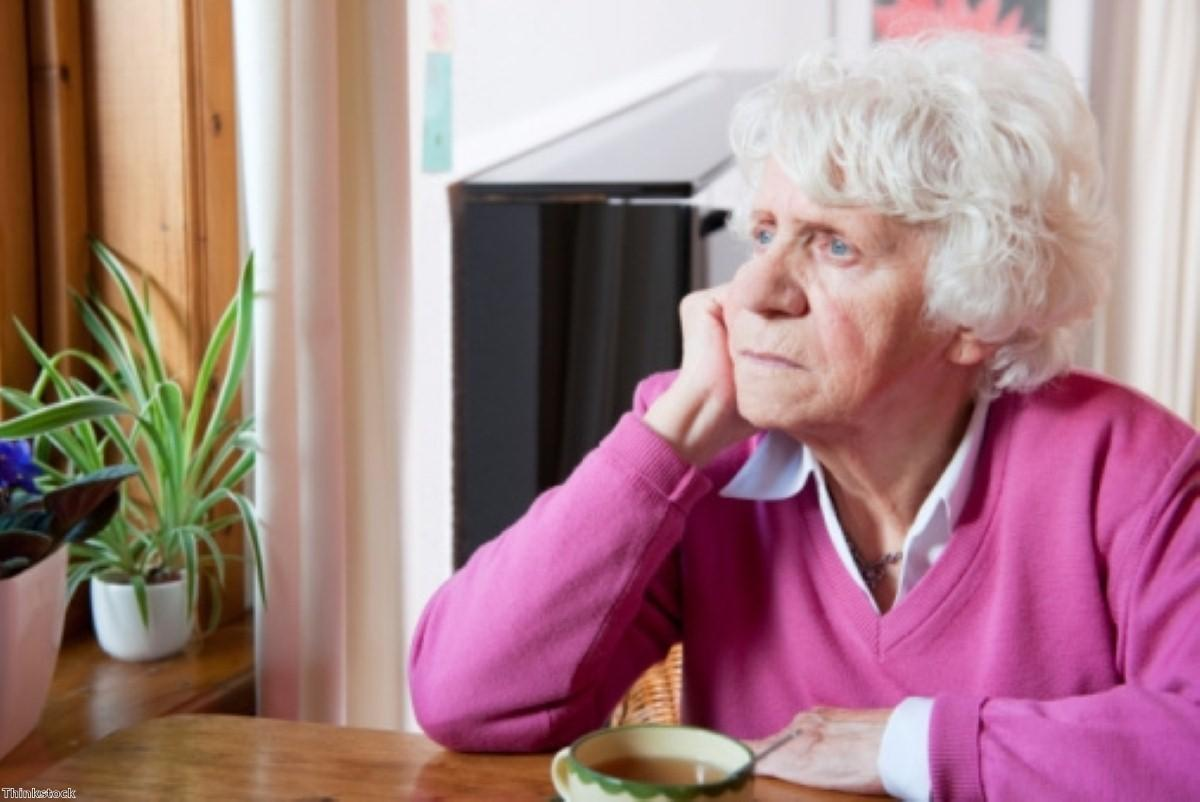 Number of older people without family 'rising'