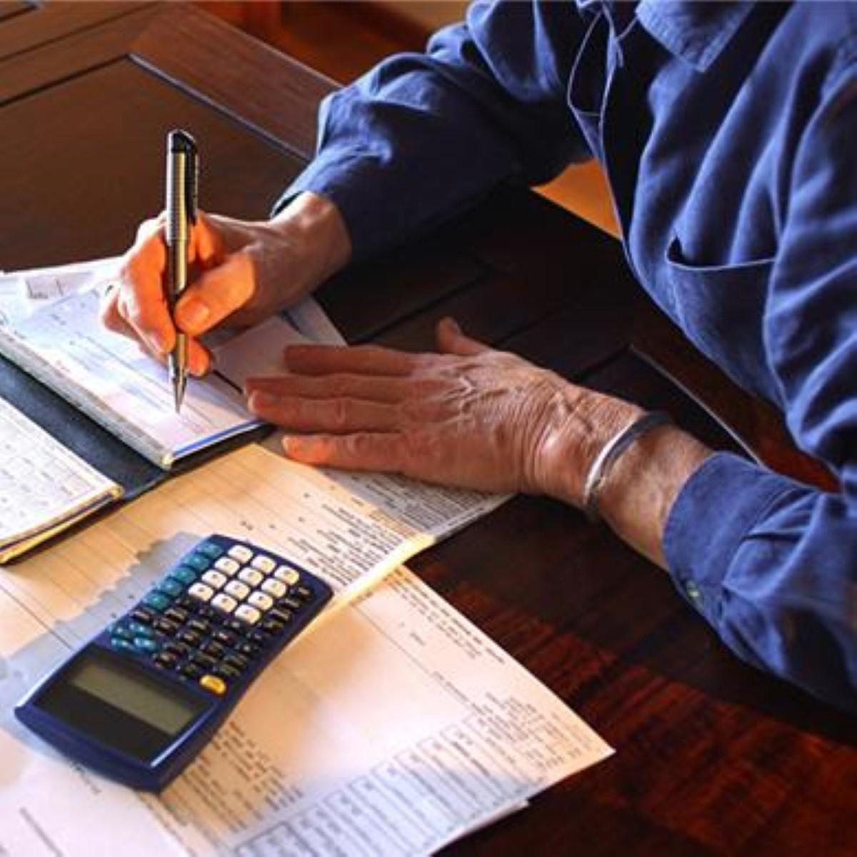 Cheques 'must still be accessible' for Britain's over-65s
