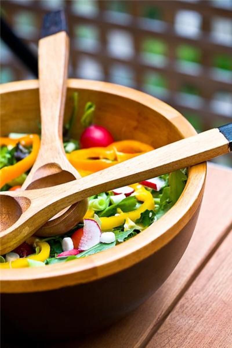 Improving diet 'as simple as smaller portions'