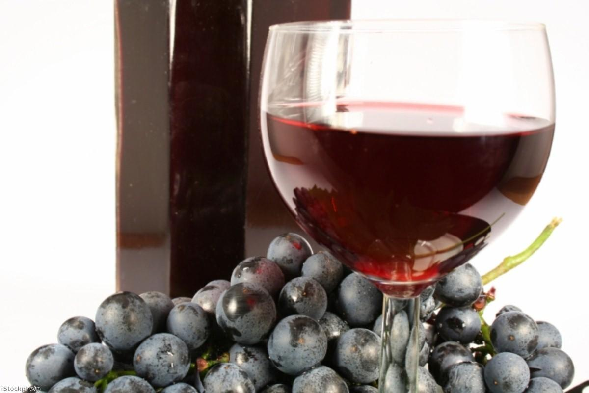 Can drinking red wine improve your mobility?