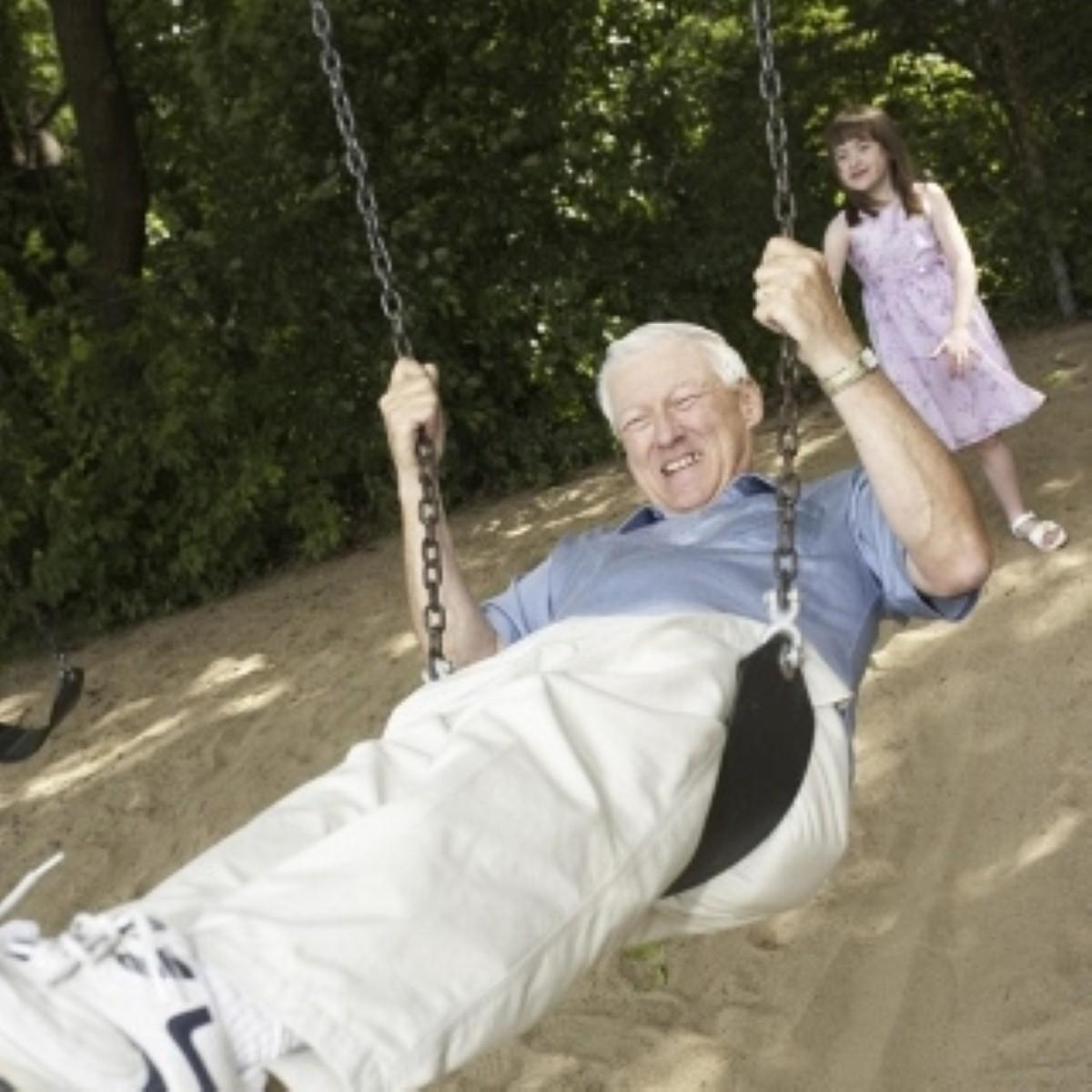 """People in Britain now living into """"extreme"""" old age"""