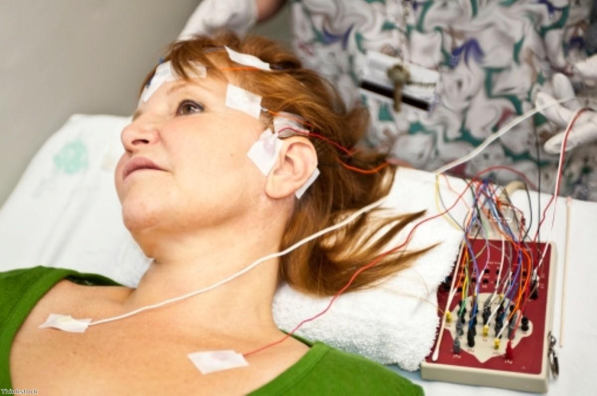 Non-invasive electrical treatment for Parkinson's trialled