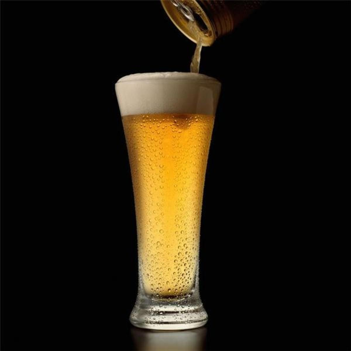Could regular beer consumption protect against Alzheimer's?