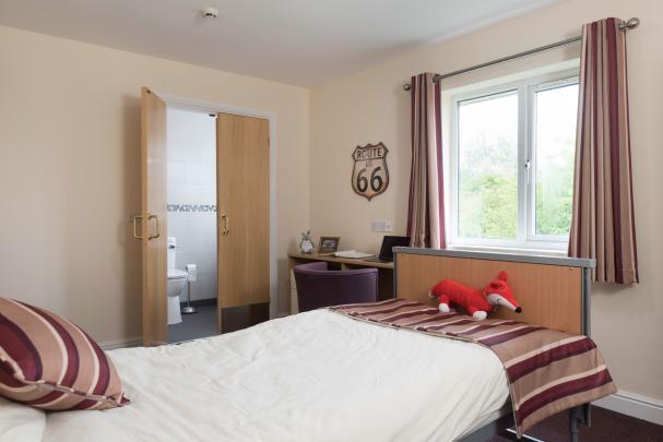 Fairburn Vale bedroom