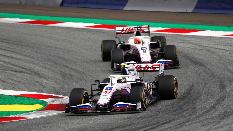 Mick Schumacher and Nikita MAzepin, Uralkali Haas F1 Team