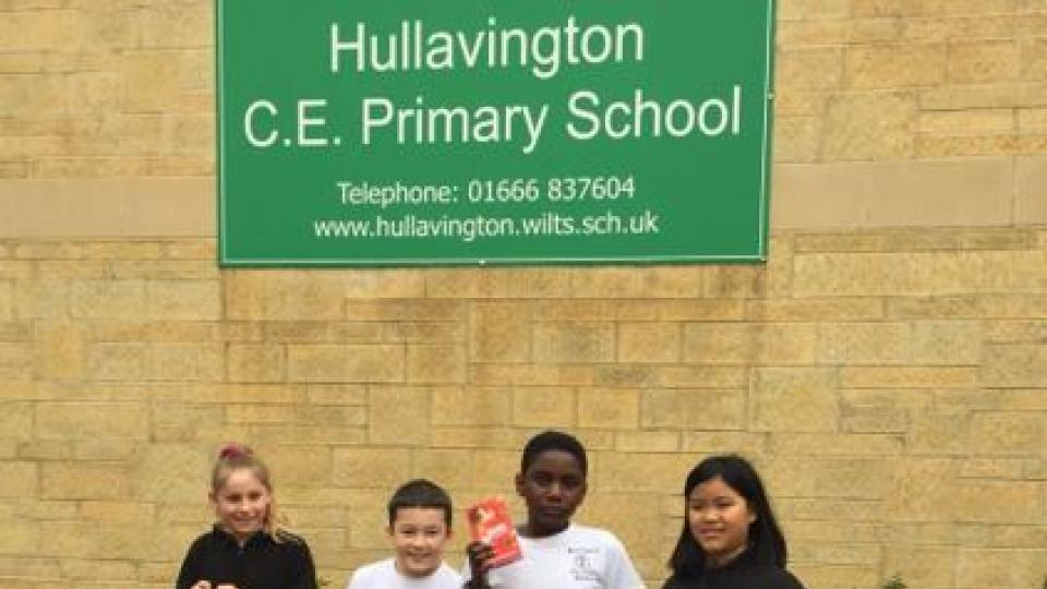 Hullavington School pupils Easter treat