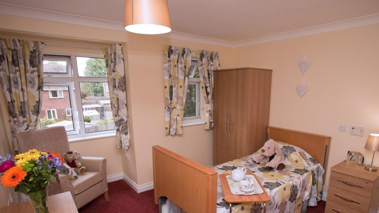 Coombe end court bedroom