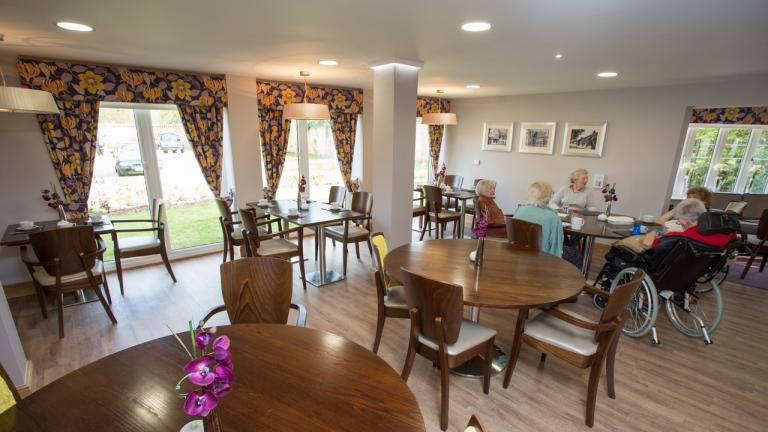Towse court dining