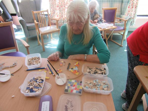 Mosaic workshop at Paternoster House