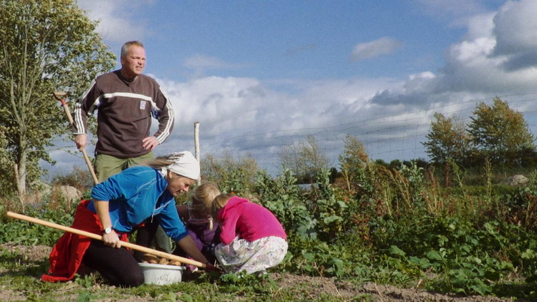 UK Green Film Festival: Journey To Utopia (Cert TBC) S