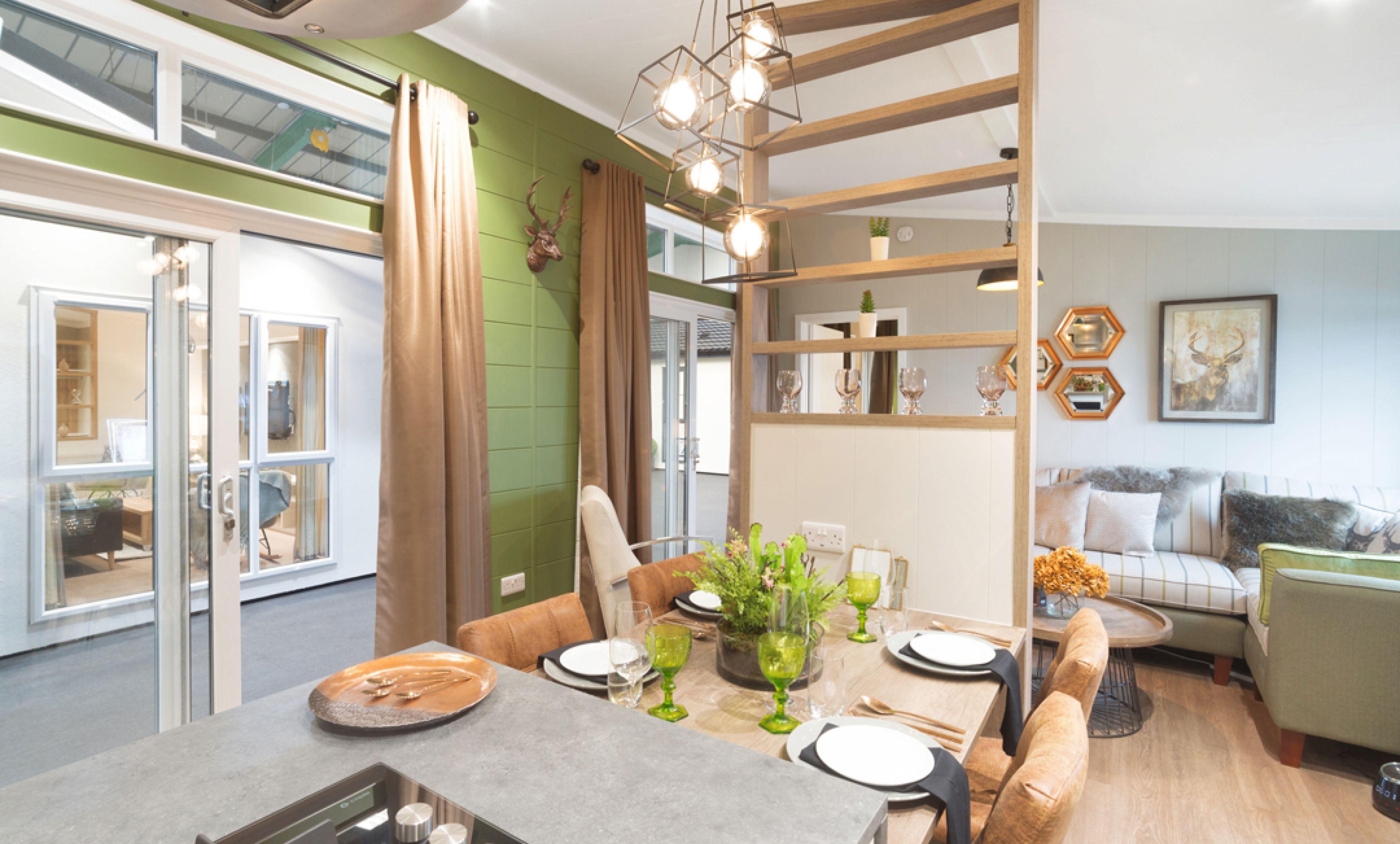 The Savannah Centre Lounge - Centre Lounge - Kitchen