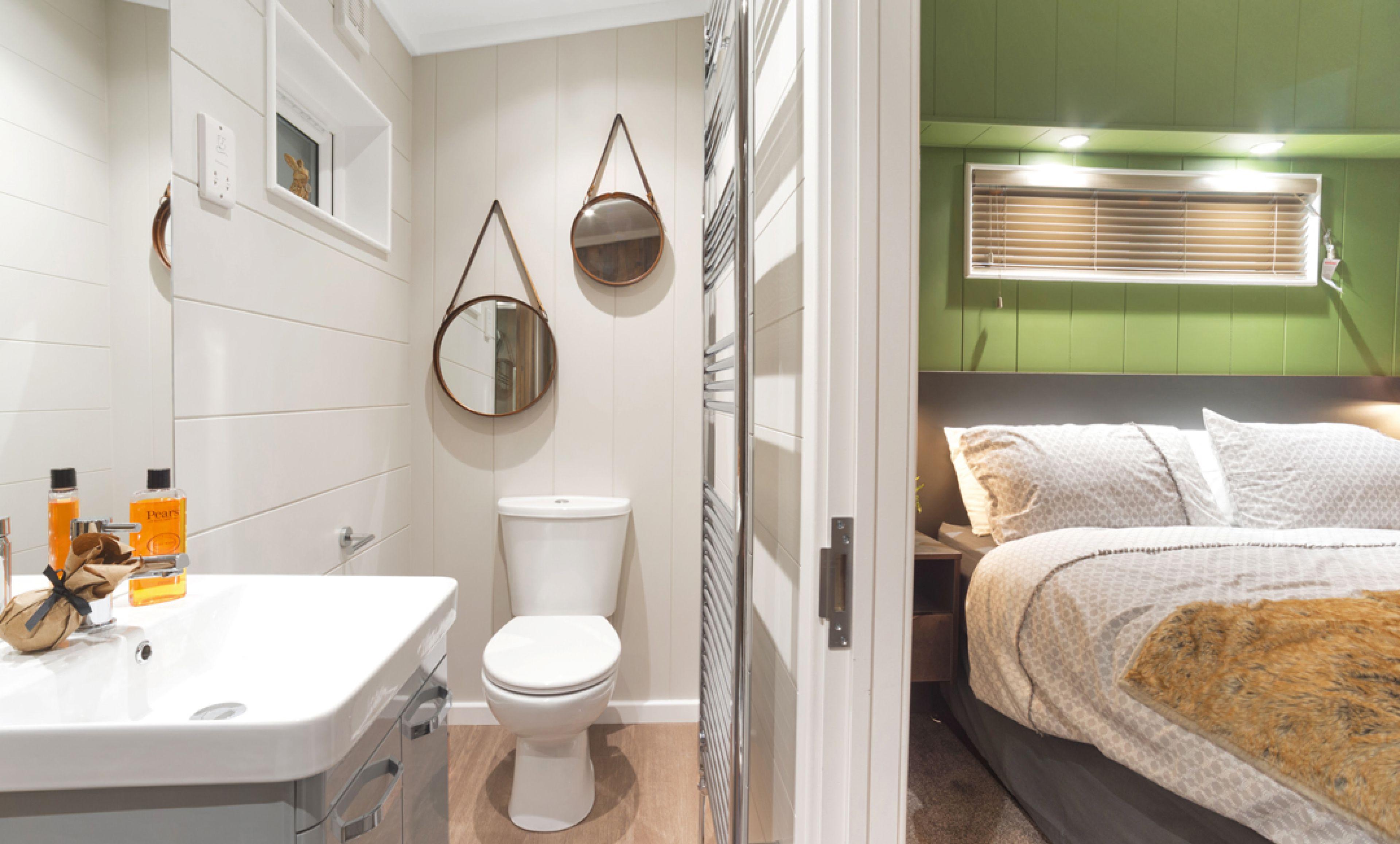 The Savannah Centre Lounge - En Suite