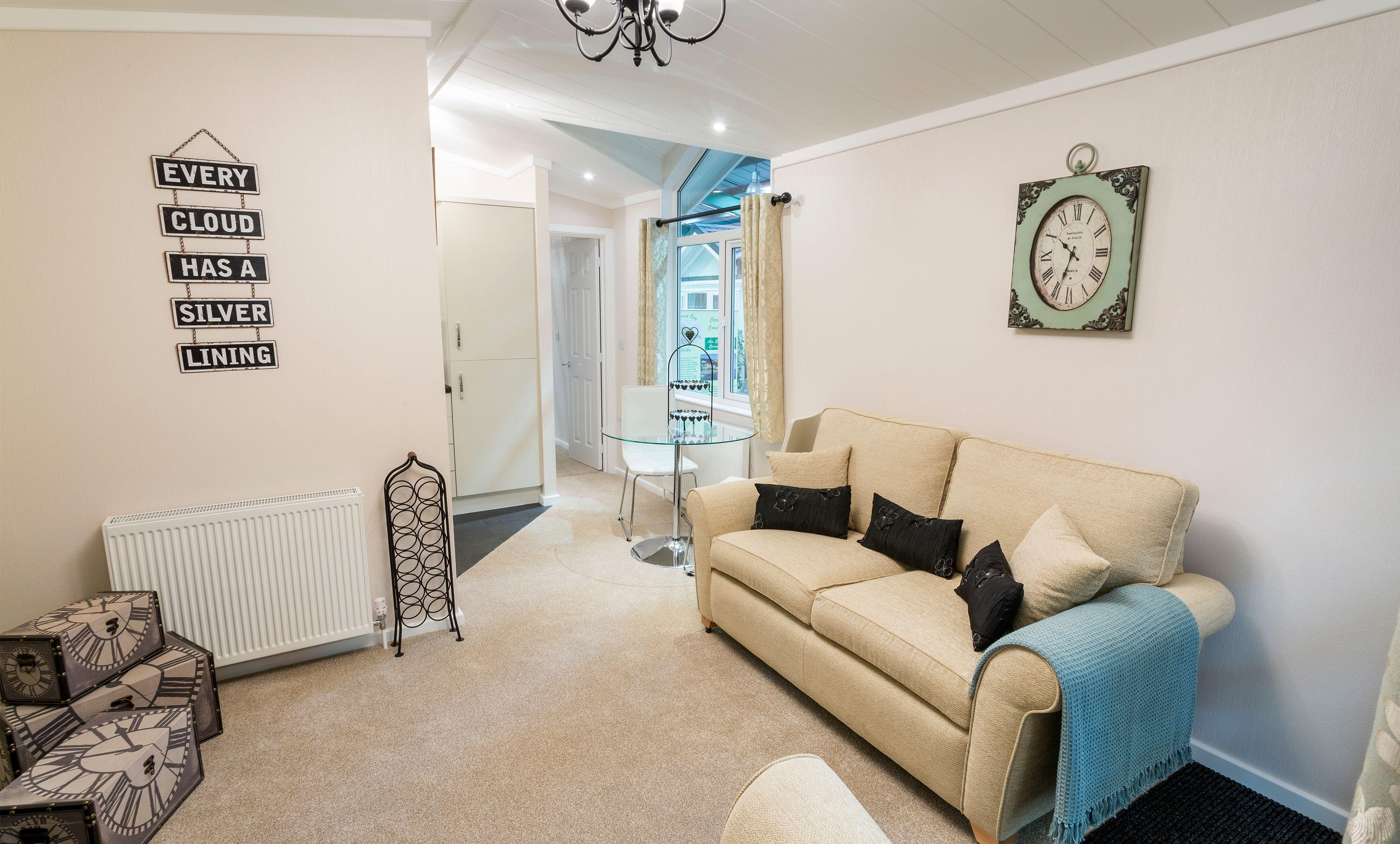 The Hayden Classic Single Living Area