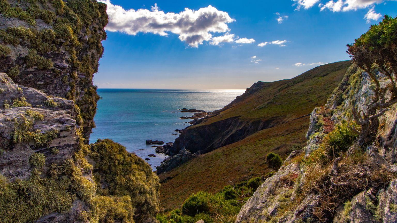 5 Reasons to Retire in Devon