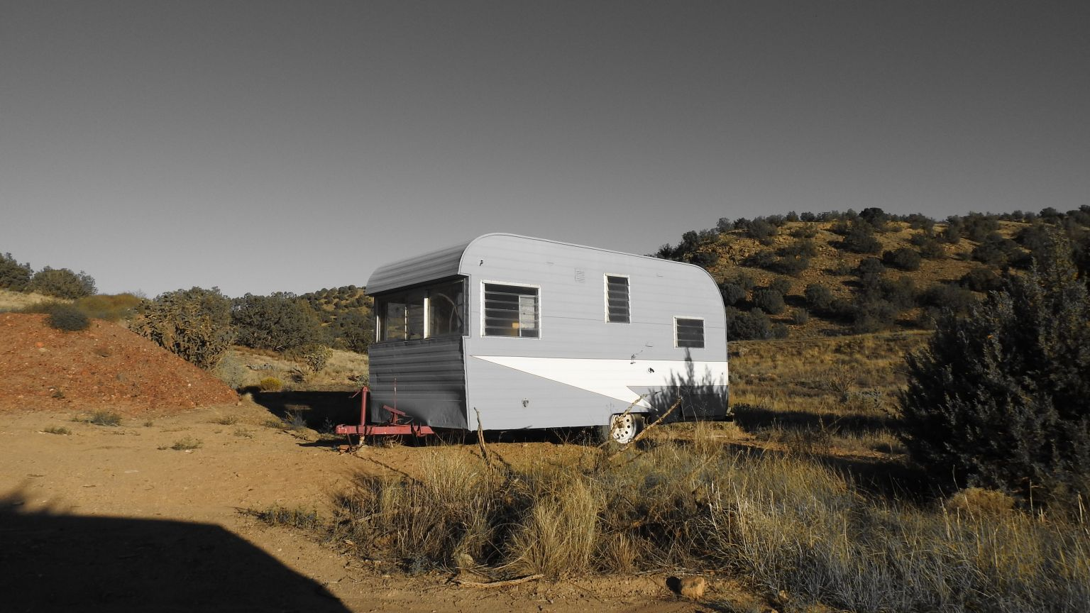 What's the difference between caravans and holiday lodges?