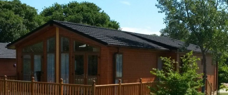 Homestead Lake Country Park | Country Lodge